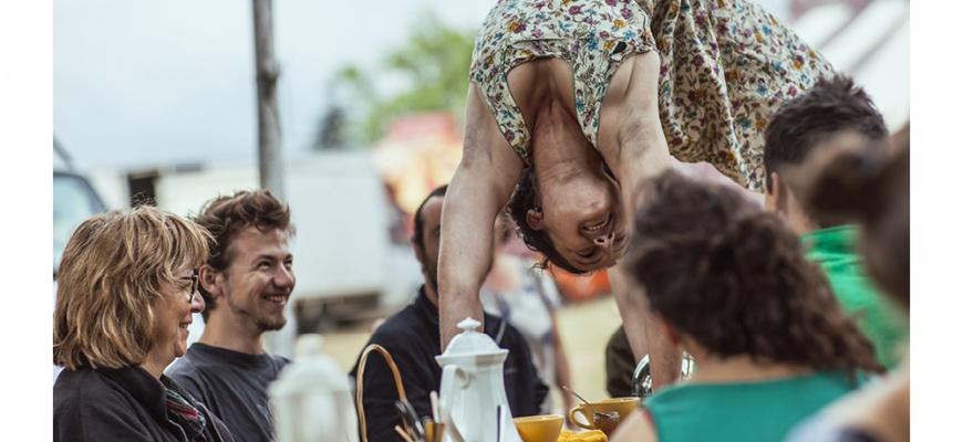 Au point du jour Cirque