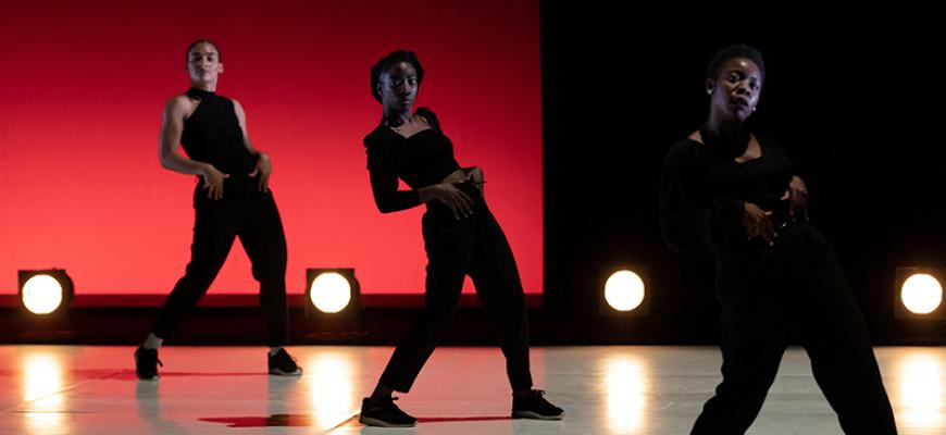Queen Blood / Ousmane Sy Danse