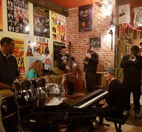 A Transatlantic Jazz Sextet