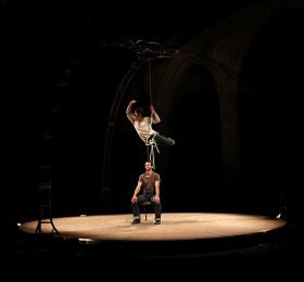 Cirque acrobatique Ensemble