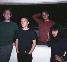 Image Lewsberg (NL / indie rock) + Calvin Johnson dj set Rock/Pop/Folk