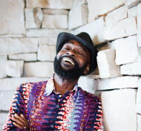 Pat Thomas & The Kwashibu Area Band